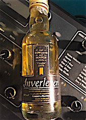 Inverleven 1979 G&M distillery label 40%.JPG