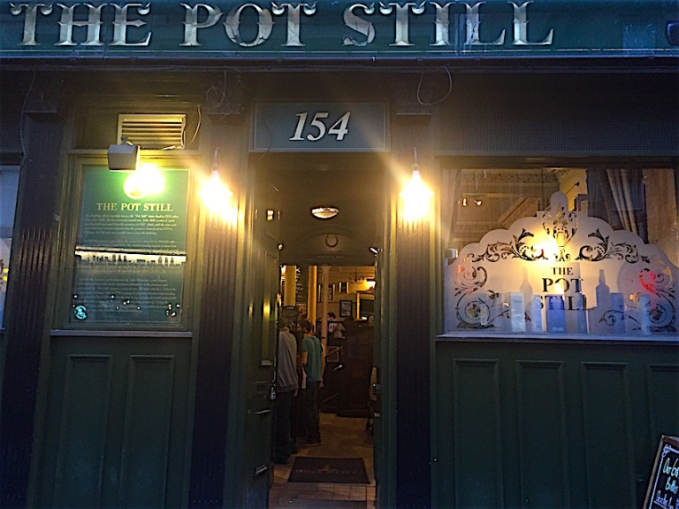Pot still entrance
